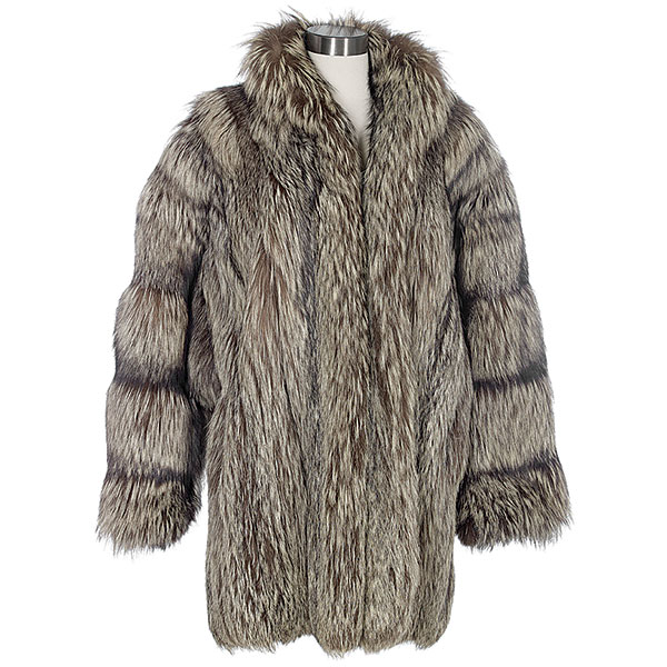 silver fox short coat with a shawl collar hook closure and dolman sleeves silk lined 1980s
