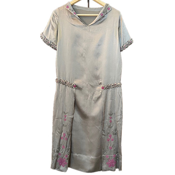 vintage 1920s silk beaded wedding dress